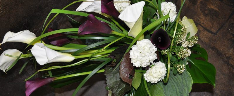 Surusidonta ja kukkakoristelut